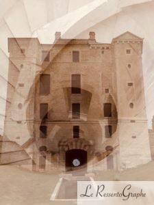 vue extérieure et intérieure du Château de Maulnes...